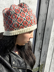 Russian_Flower_Hat_3_small